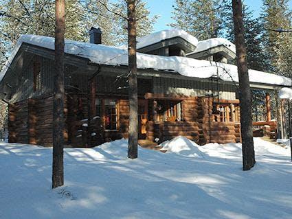 Suomu Log Cabins